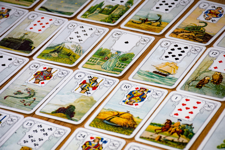 Karten zum Kartenlegen in Dortmund